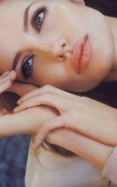 golddiggerr: Her lips