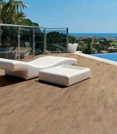 Baldosa de exterior para pavimento de gres porcel nico for Suelos para alrededor de piscinas