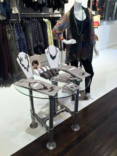 retail display table with glass top