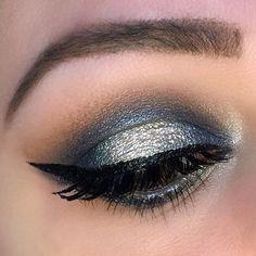 Glam Navy Halo Holiday Makeup Eye Look
