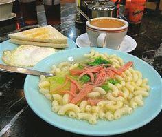 macaroni in soup, toast, fried egg, milk tea :D