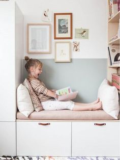 Beautiful reading area in the nursery with IKEA Besta and Stuva. A nice IKEA hack in white and pastel colors. Beautiful reading area in the nursery with IKEA Besta and Stuva. A nice IKEA hack in white and pastel colors. Ikea Hacks, Ikea Hack Kids, Room Ideas Bedroom, Girls Bedroom, Nursery Room, Diy Bedroom, Baby Room, Ikea Kids Bedroom, Bedroom Storage