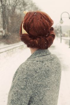 Vintage style backroll with a hair scarf