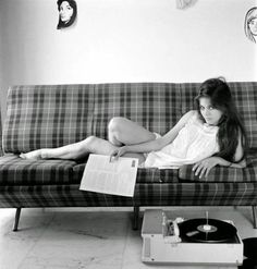 Bad girls love vinyl. And by bad we mean good.  http://mywaydj.com  #djlife #DJ #DJBooth #music #turntables #CDJ #MyWayDJ #DJ Lifestyle #Instagood #Igers #instamood #turntablism #mixing #mix #djmix #audio #marketing #publicity #mixes #djmixes #djs #djing #radio #club #crowdcrontrol #djmusic #singles #records #songs #nowplaying by mywaydj http://ift.tt/1HNGVsC
