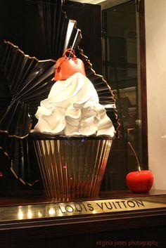 Louis Vuitton knows how to decorate a window. This one looks good enough to eat!    Louis Vuitton  6 place Saint - Germain des Prés  Paris 75006