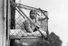 Клетка-манеж для ребенка. Начало 20 века.