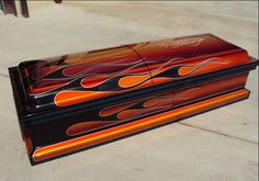Check out this cool custom painted casket by Darren Wenzel of Gasoline Art. Darren will be an Airbrush Instructor in our Pro Airbrush Class this year at Ultimate Air Affair. UAA 2014 www.ultimateairaffair.org