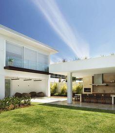 House in Barra da Tijuca, Rio de Janeiro by  Progetto Arquitetura