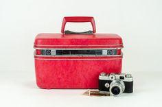 Vintage Red Samsonite Train Case / Small Mid by tawneyvintage, $39.00