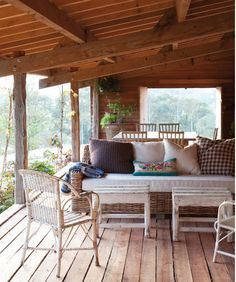 wicker. #porches, #home, #design, #decor