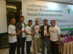 saat di SocialEntrepreneurship