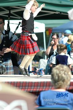 Male dancer in kilt #Hamilton #Other #Tartan I took dance lessons but didnt go to far with it