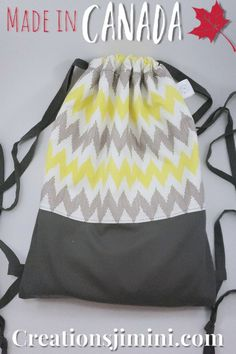 Practical and reusable products for home made in Quebec. Reusable Sandwich Bags, Reusable Bags, Drawstring Backpack, Gym Bag, Chevron, Pouch, Homemade, Tote Bag, Pattern