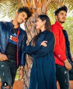 Cute Couples Photos, Couple Photos, Smile Wallpaper, Allah Wallpaper, Couple Goals Teenagers, Musically Star, Hand Mehndi, Team 7, Really Funny Memes