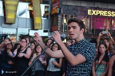 Nathan Sykes was in Times Square to record some acoustic videos in New York, USA