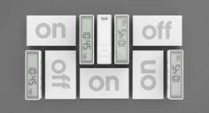 Jeremy y Adrian Wright diseñaron un reloj para Lexon que como otros relojes despertadores, busca la interactividad para lograr despertarte después de un sueño profundo.