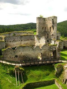 Hrad Rábí, Czech Republic Medieval Fortress, Medieval Castle, Prague, Castle Pictures, Armors, Palaces, Czech Republic, Cathedral, Beautiful Places