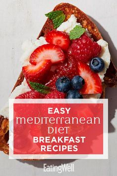 Start your day off right with these fast and easy Mediterranean diet breakfast recipes. Perfect for busy mornings, these simple recipes can be made ahead of time for easy grab-and-go breakfasts (think overnight oats and egg muffins) or can be quickly whipped up in minutes (think peanut butter and fruit-topped toast). #breakfast #healthybreakfast #breakfastideas #brunchideas #healthybreakfastrecipes #healthyrecipes #StomachFatBurningFoods Mediterranean Breakfast, Easy Mediterranean Diet Recipes, Mediterranean Dishes, Med Diet, Easy Diets, Healthy Breakfast Recipes, Healthy Recipes, Keto Recipes, Fast Diet Recipes