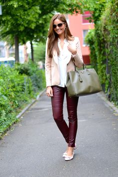 office outfit with structured bag and ballet flats