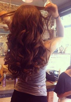 Long Hair Loose Curls - Love this style