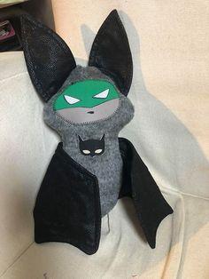 Minuit Justicier de Bounette et Zouzou Plush, Fabric Combinations, Fingerless Gloves, Sewing