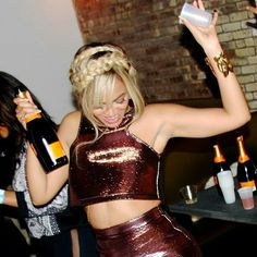 Creole Queen, Veuve Clicquot, New York Fashion, Beyonce, Leather Skirt, Bodycon Dress, Dance, Dresses, Dancing