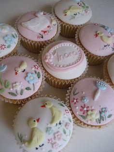New baby cupcake