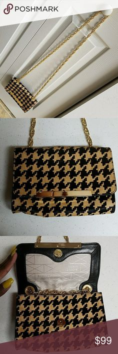 Designer Badgley Mischka Authentic crossbody houndstooth pattern 100% genuine leather real cow fur gold tone chain link strap Badgley Mischka no fob or dust bag price reflect thank you Badgley Mischka Bags Crossbody Bags