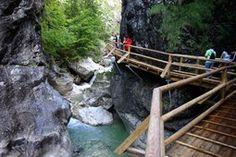 Nothklamm»Ausflugsziele»Geoline Daily Makeup Routine, Rafting, Garden Bridge, The Rock, Austria, Hiking, Romantic, Outdoor Structures, City