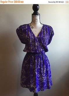 Great piece for Summer! Wear as a long tunic shirt or as a short dress! Its generous Medium but please see measurements.  Condition: Excellent/No