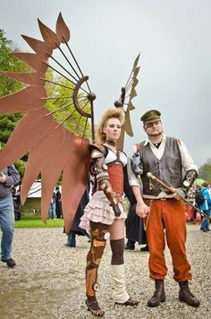 Steampunk for the win with my Archangel costume. Worn at Elf Fantasy Fair Haarzuilens 2012 and without the aluminum/wooden wings @ Castlefest 2012 Steampunk Wings, Steampunk Cosplay, Steampunk Clothing, Steampunk Fashion, Steampunk City, Fantasy Costumes, Cosplay Costumes, Steampunk Accessoires, Elves Fantasy