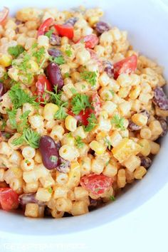 Heute zeigen wir Euch ein wunderbar einfaches und dennoch raffiniertes Rezept f… Today we'll show you a wonderfully simple yet sophisticated recipe for a Mexican pasta salad. As a barbecue or … Grilling Recipes, Cooking Recipes, Healthy Recipes, Pasta Mexicana, Pasta Recipes, Salad Recipes, Mexican Pasta, Best Pasta Salad, Food Inspiration