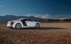 Your Ridiculously Awesome Audi R Wallpaper Is Here