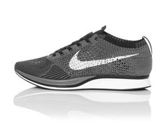 Nike Flyknit Racer - Dark Grey / White