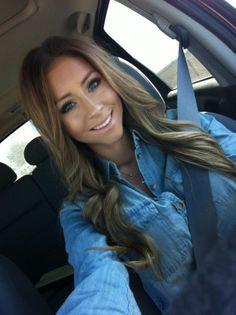 I always want new hair. Light brown hair with blonde highlights Love Hair, Gorgeous Hair, Gorgeous Makeup, Pretty Hair, Light Brown Hair, Dark Hair, Brown Hair With Blonde Highlights, Corte Y Color, Hair Affair