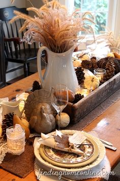 Fall Dining Room--love the textures and layers