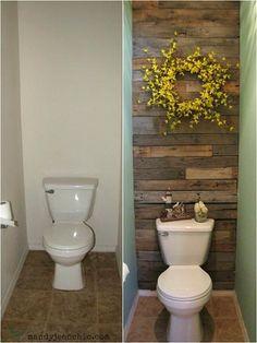 Se abbiamo una stanza da bagno molto blando, solo che copre una delle pareti con assi di pallet possiamo migliorare notevolmente il suo aspetto. L'idea è molto semplice, in precedenza tagliar…
