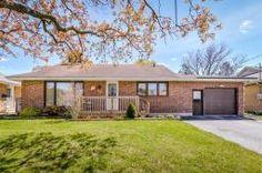 345 000 $  33 Oakwood Avenue, Kitchener, Ontario  N2H6G8