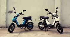 Νέο σκούτερ EMW 250W/1000 Li-Ion battery. Αυτονομία ως 75km, δίπλωμα μοτοποδηλάτου & Μεταφερόμενη Μπαταρία. #σκουτερ #scooter # electric_scooter #ηλεκτρικο_σκουτερ #ηλεκτρικο_μηχανακι #emw #gogreen #economy#this_is_future Portable Battery, Electric Scooter, Motorcycle, Bike, Scooters, Vehicles, Electric Moped Scooter, Bicycle Kick, Trial Bike