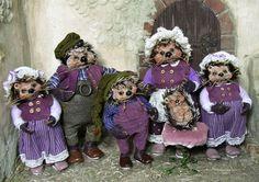 Hedgehog family of dolls in 1:12 dollhouse miniature scale by CDHM Artisan Silke Janas-Schloesser of Faery Folk Art Dolls,  www.cdhm.org/user/silke