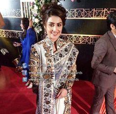 superb Ayeza Khan, our very own Farah from Pyaray Afzal at ARY Film Awards #AFA2014