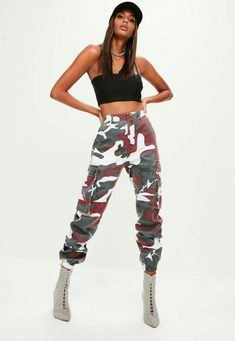 ab982d1e4b71f Red camo pants featuring two side pockets with button fastening
