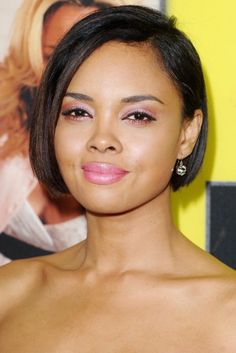 Sharon Leal debuted a short sleek bob that frames her face beautifully at the Los Angeles Premiere Movie 43 at Grauman's Chinese Theatre in Hollywood, California. Description from pinterest.com. I searched for this on bing.com/images
