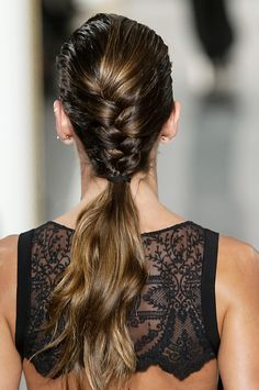 La Perla had my favorite beauty for Haute Couture S/S These braids are amazing, and the make-up is so good. Older Women Hairstyles, Elegant Hairstyles, Pretty Hairstyles, Braided Hairstyles, Five Minute Hairstyles, Diy Beauté, Braided Ponytail, Braid Hair, Trending Hairstyles