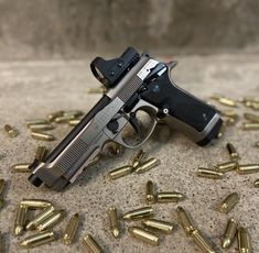 Beretta 92, Best Concealed Carry, Weapon Storage, Tactical Equipment, Concept Weapons, Military Weapons, Film Aesthetic, 2nd Amendment, Guns And Ammo