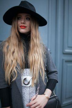 Details in street style. Kaytoure at Paris Couture Week. [Photo by Kuba Dabrowski]
