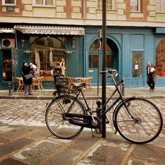 ysvoice:          | ♕ | Ma Salle a Manger - Place Dauphine, Paris | by © Boccacino      via ysvoice: travelingar0und: seiuchi