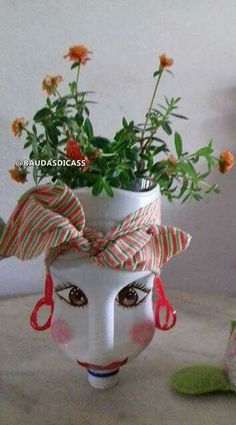 Macetero Planters, Diy Crafts, Diy Recycle, Recycling, Garden, Decorating Bottles, Garden Planters, Make Your Own, Planter Boxes