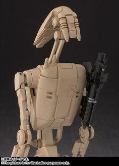 SH Figuarts Star Wars Battle Droid and Clone Trooper - The Toyark - News Star Wars Battle Droids, Star Wars Jedi, Star Wars Film, Star Wars Toys, Galactic Republic, Star Wars Models, Star System, The Phantom Menace, Clone Trooper