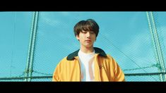 BTS (방탄소년단) 'Euphoria : Theme of LOVE YOURSELF 起 Wonder' <-- What Is Happening? So Many Theories! The only thing I can make out from this is maybe time travel?and Jin taking V's place or something and saving everyone? Bts Jungkook, Taehyung, Namjoon, Bts Mv, Jung Kook, Mp3 Song, Music Songs, Music Videos, Pop Songs
